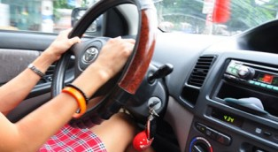 Những lỗi thường mắc phải khi mới biết lái xe ô tô